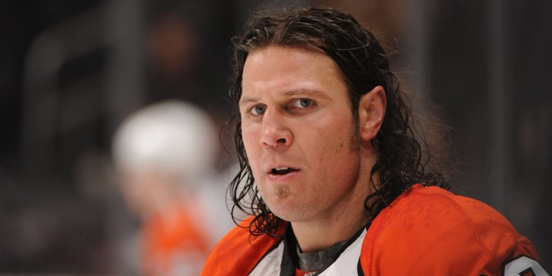 GettyImages 93355613 800x400 This NHL enforcer says cannabis is an undervalued healing tool for professional athletes