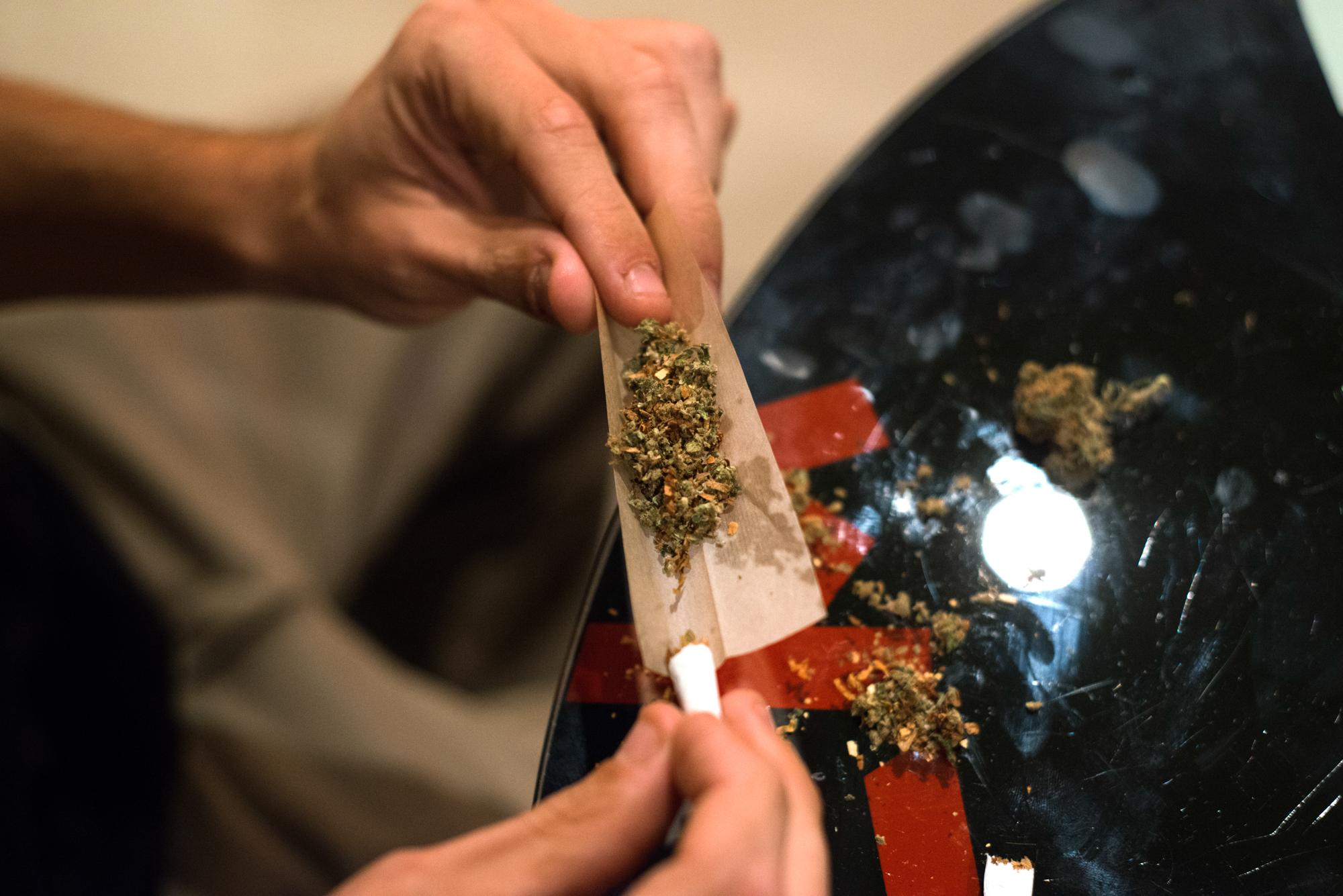 Вылечить от зависимость марихуаны жидкость с марихуаной купить