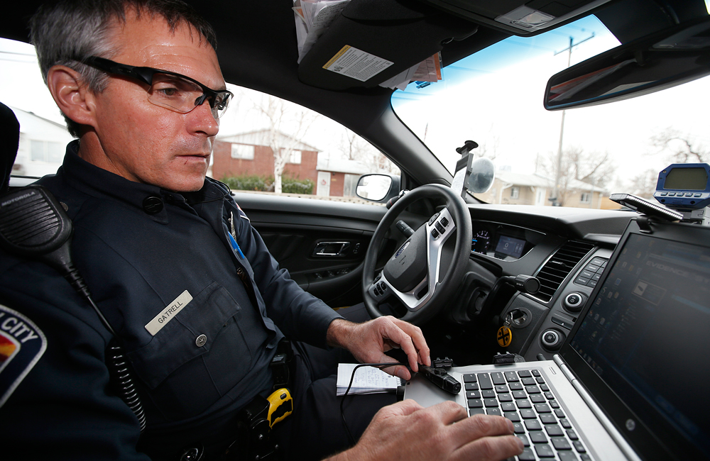 CopsSocialMedia3 How police are using social media to bust weed smokers
